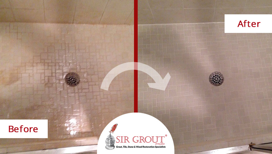 Before and After Picture of a Grout Cleaning in Sugar Land, TX