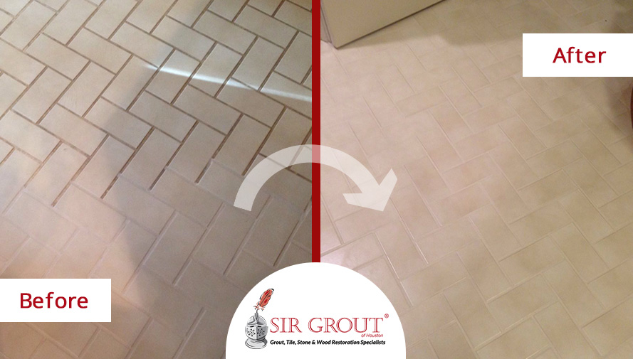 Before and After Picture of a Grout Cleaning Service in Houston, Texas