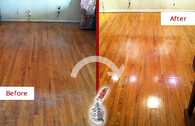 Before and After Picture of a Kemah Wood Sandless Refinishing Service on a Stained Floor