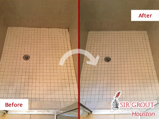 Picture of a Ceramic Tile Floor Before and After a Grout Cleaning in Houston, TX