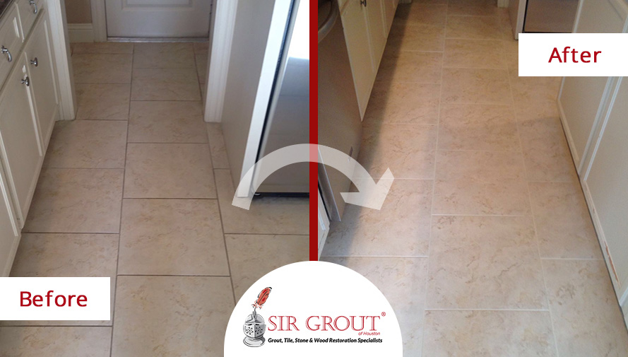 Before and After Picture of a Grout Cleaning Job in Houston, Texas